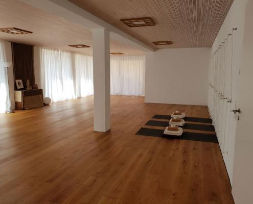 Yoga Übungsraum Moksha Yoga Studio Neustadt